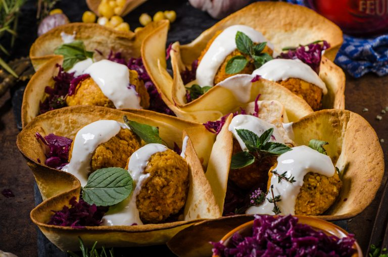 Falafel with cabbage